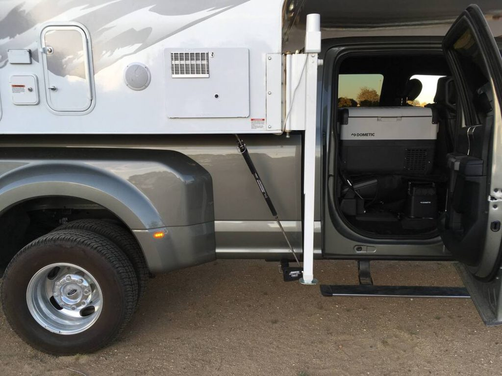 2020 F350 with truck camper